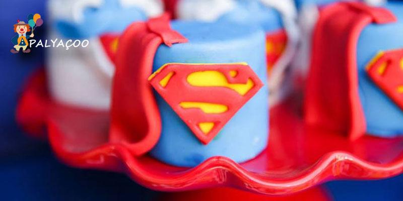 dogum-gunu-organizasyonu-superman-pasta-ikramlik